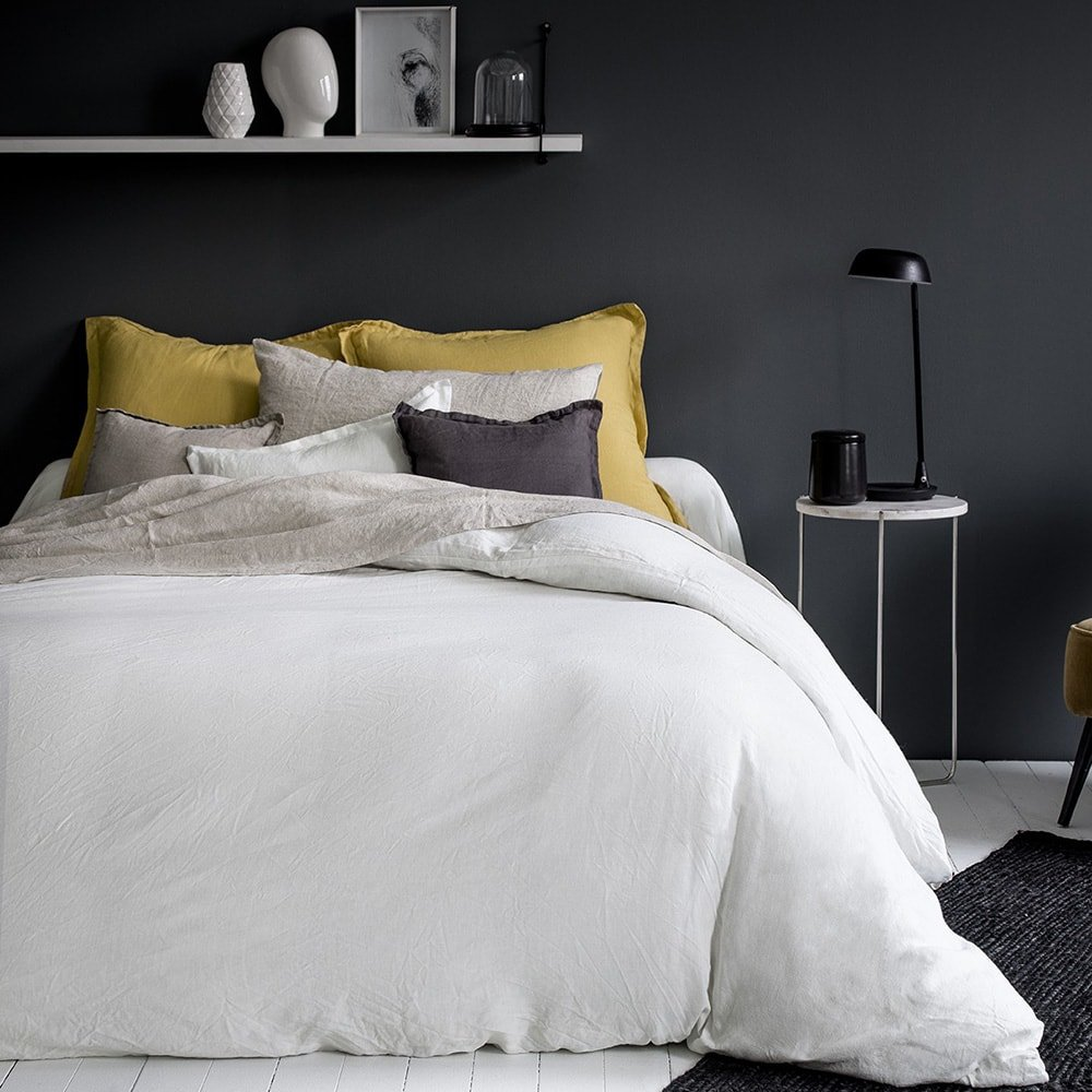 lina linge de lit en lin anne de sol ne. Black Bedroom Furniture Sets. Home Design Ideas